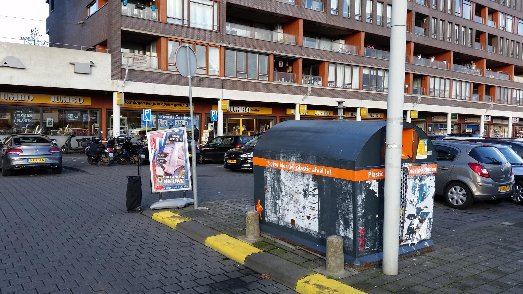 Verstopte trottoirs bij De Dukaat