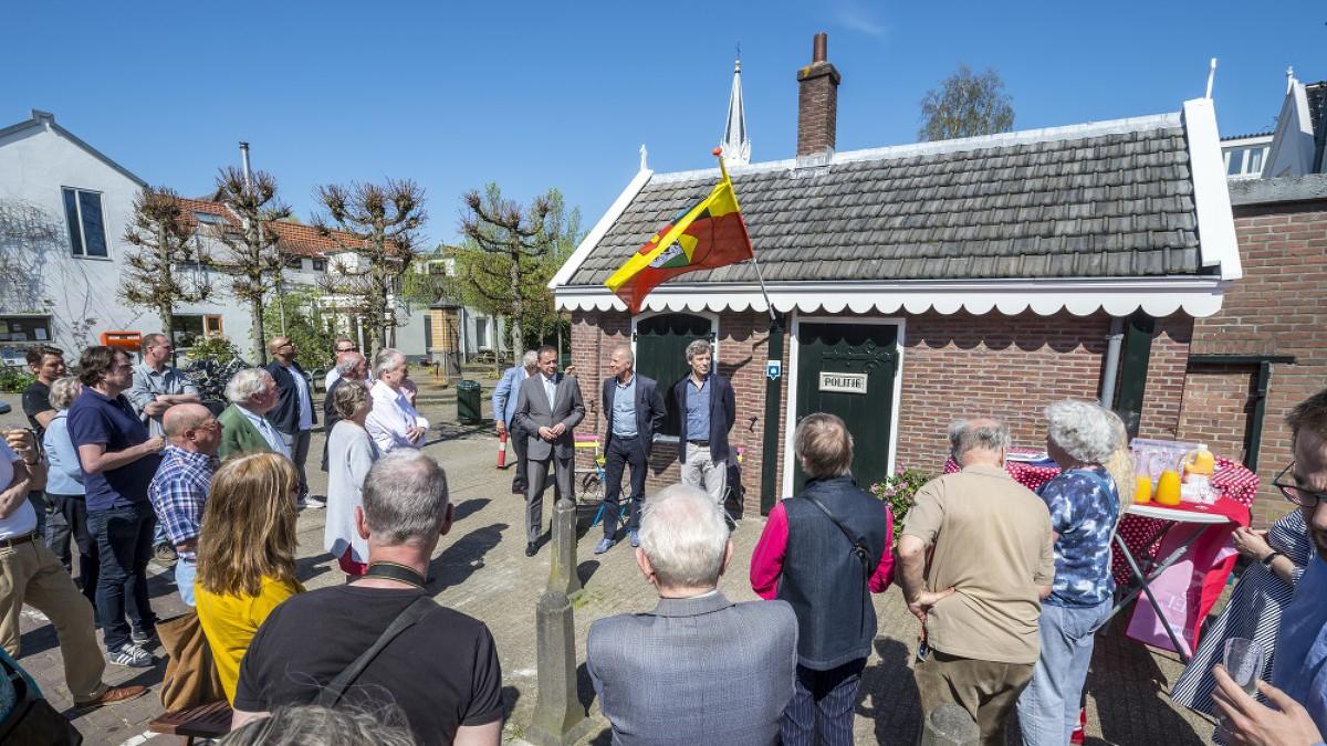Politiebureau in Oud-Sloten weer Open